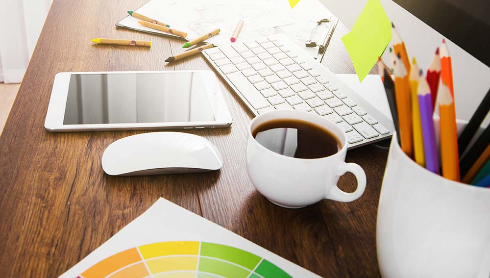 Graphic Designer   How To Work With A Graphic Designer